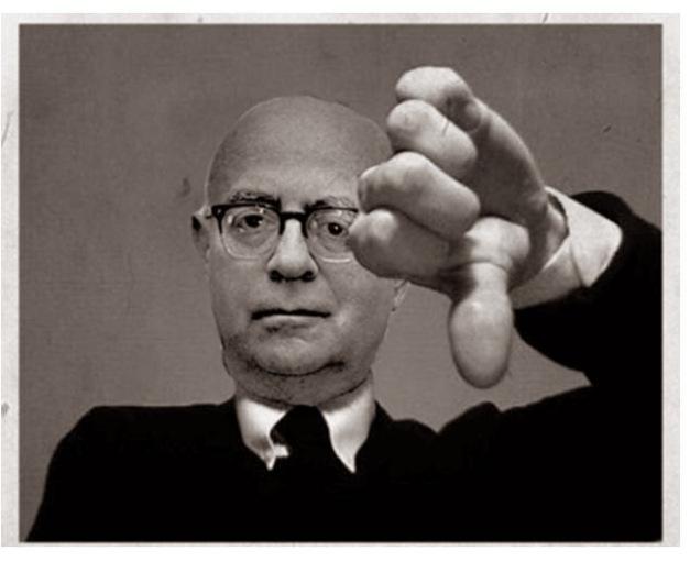 O filósofo alemão Theodor W. Adorno (1903 - 1969)